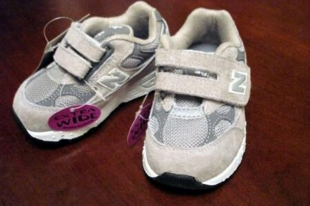 First shoes for a baby: how to choose
